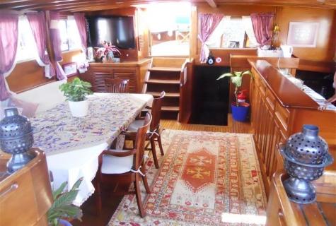 Gulet Serenad salon (3)