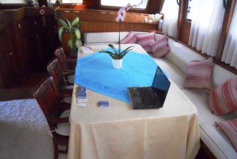 Gulet Serenad salon (4)