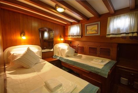 Gulet Serenad twin cabin (1)