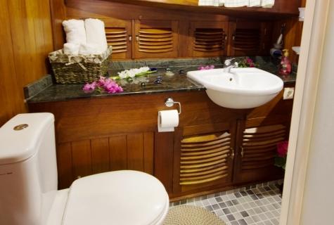 Serenad bathroom