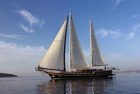Serenad sailing 2