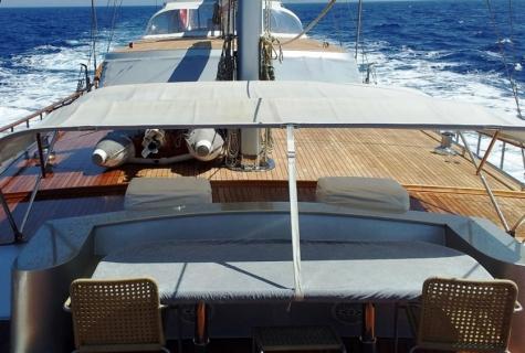 Sofa deck