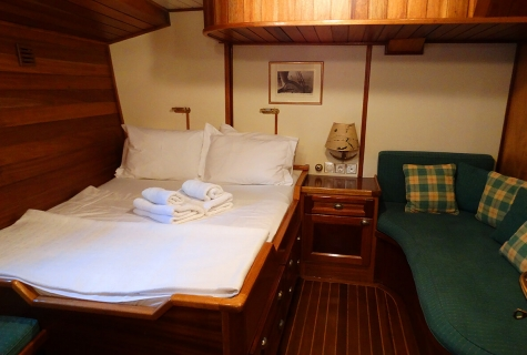 Double Cabin with Zofa