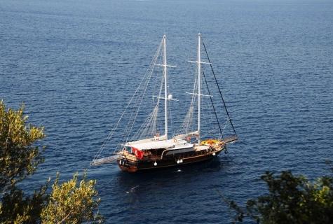 Yuce Bey sea