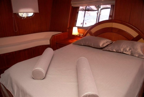 Yucebey cabin bed