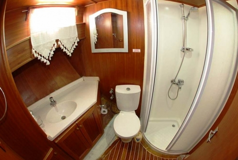 Zekioglu bathroom