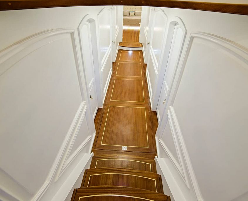 BELLA MARE Hallway