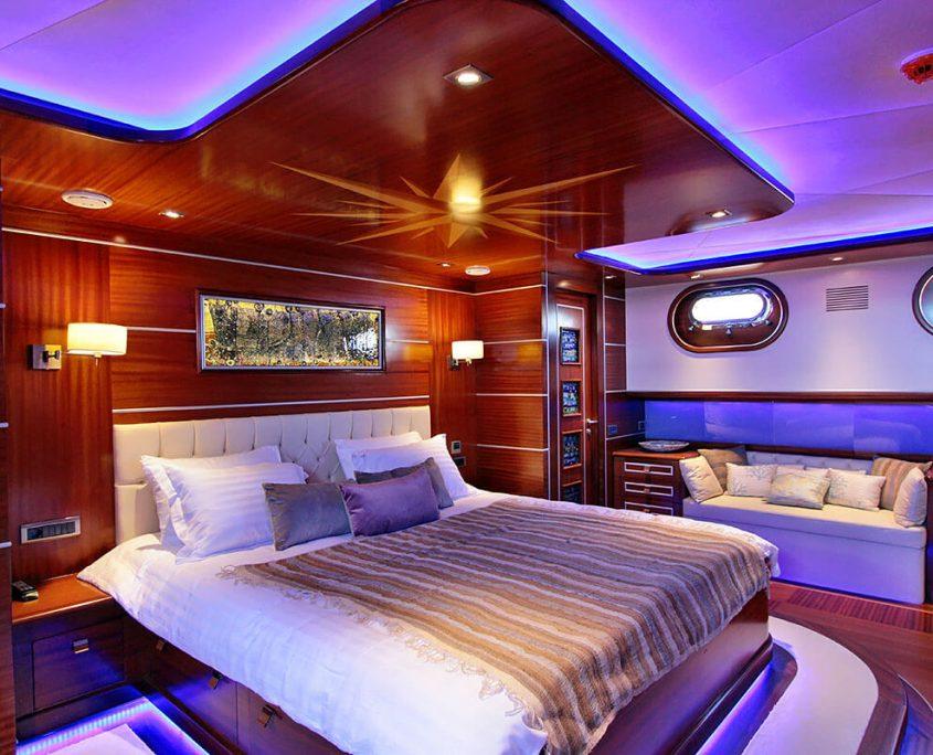 CARPE DIEM 5 Ambient of cabin