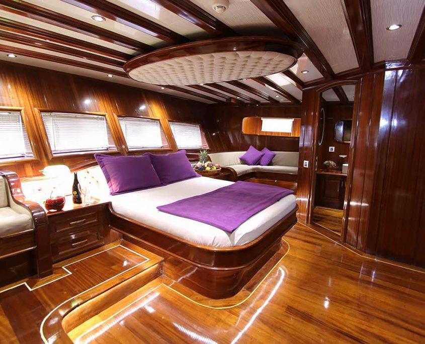 DEAR LILA Master cabin