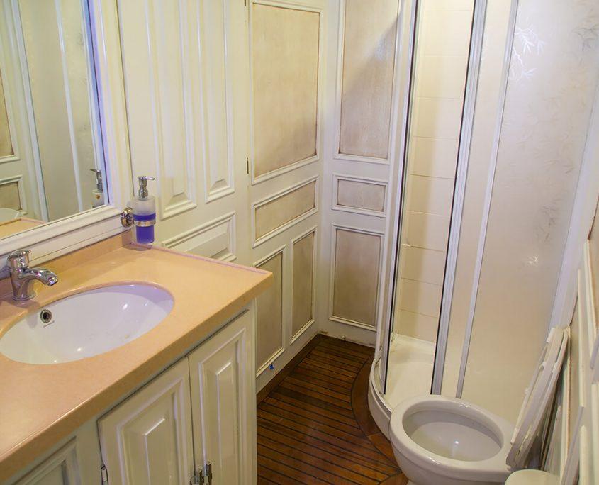 GRANDE MARE Bathroom