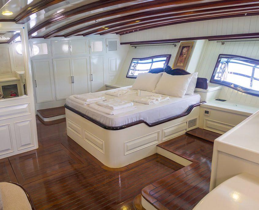 GRANDE MARE Master Cabin