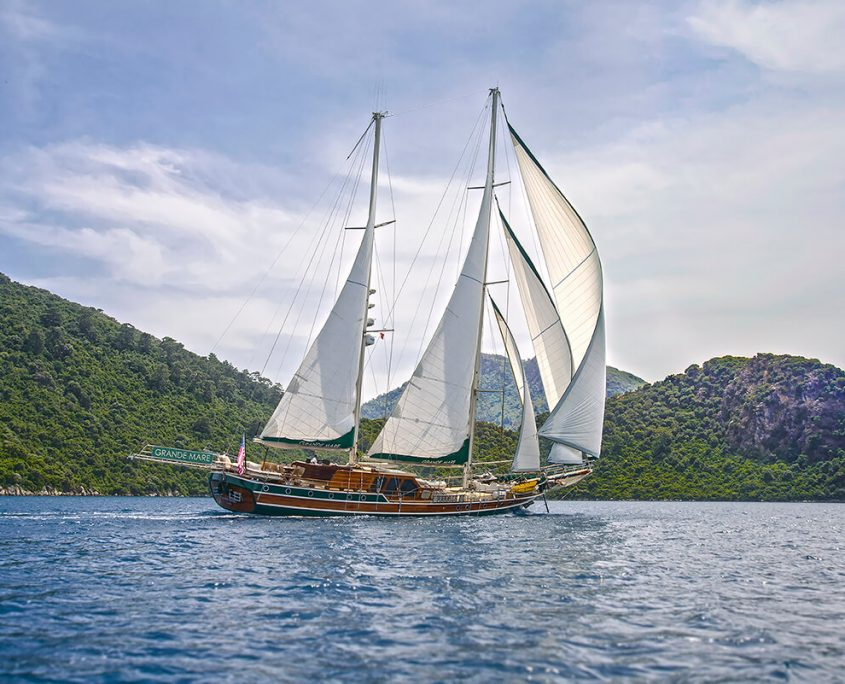 GRANDE MARE Sailing
