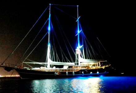 Gulet Mehmet Bugra night