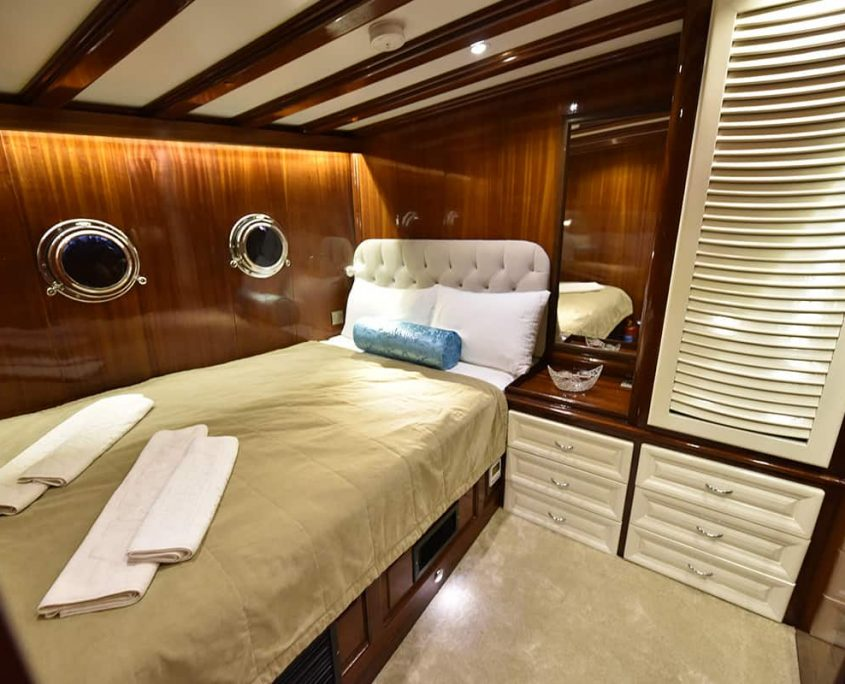 KAYHAN 11 Double cabin