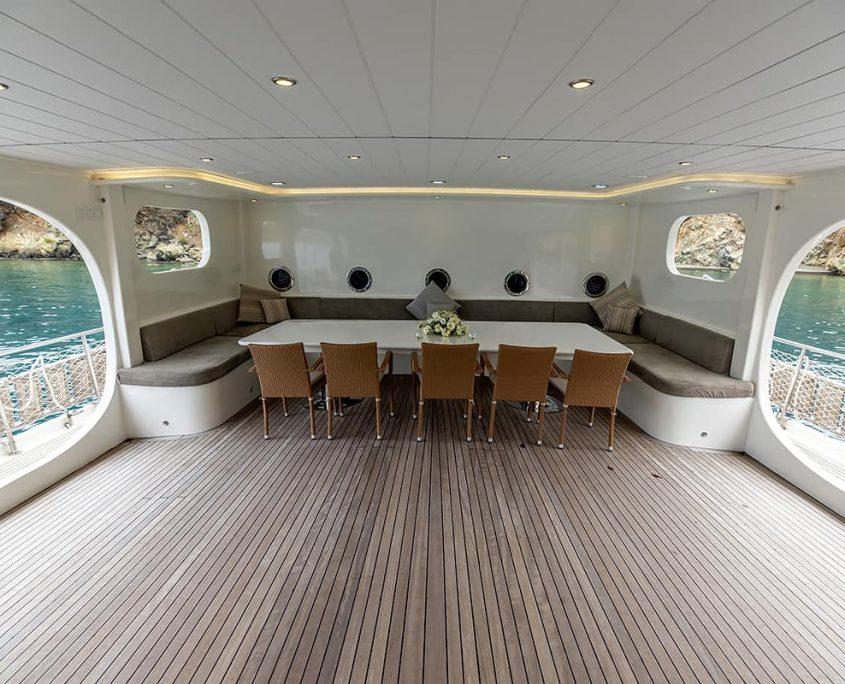 KAYHAN 11 Sitting area on deck