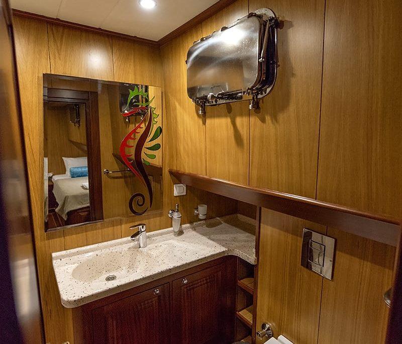 KAYHAN 3 Bathroom