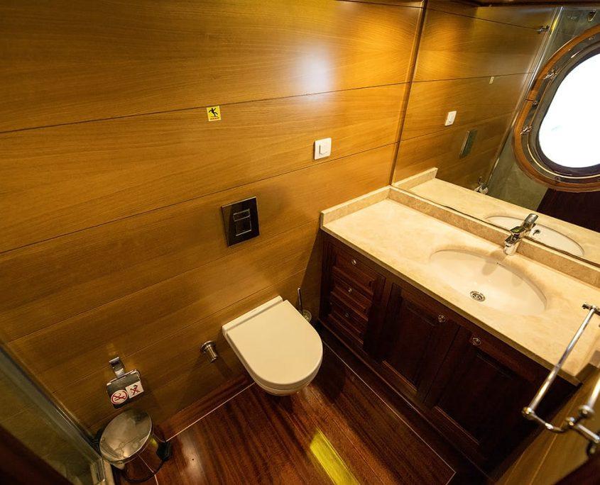 KAYHAN 4 Bathroom