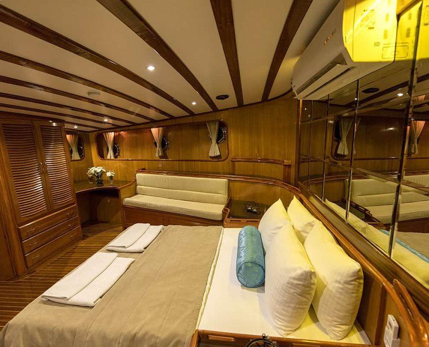 KAYHAN 5 Cabin
