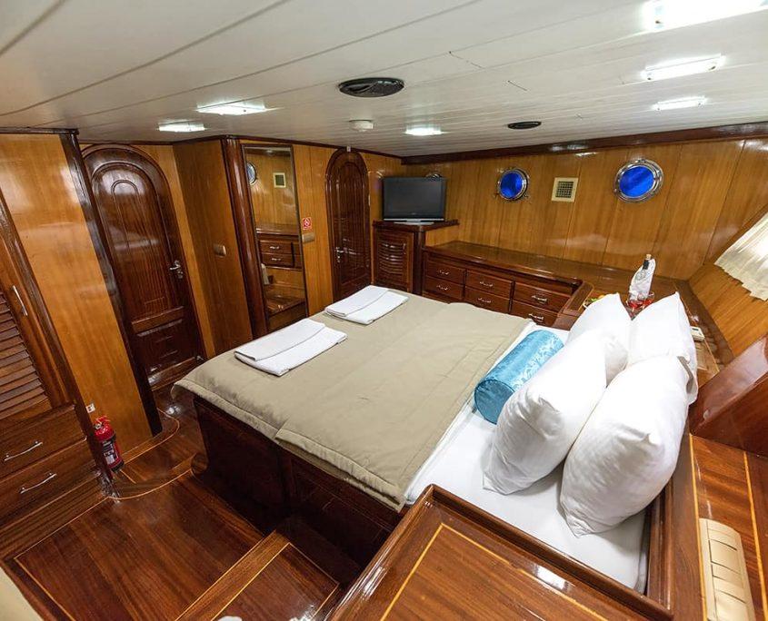 KAYHAN 8 Master cabin