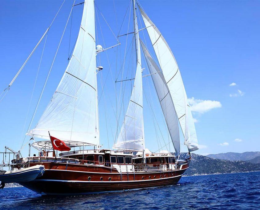 NURTEN A Sailing