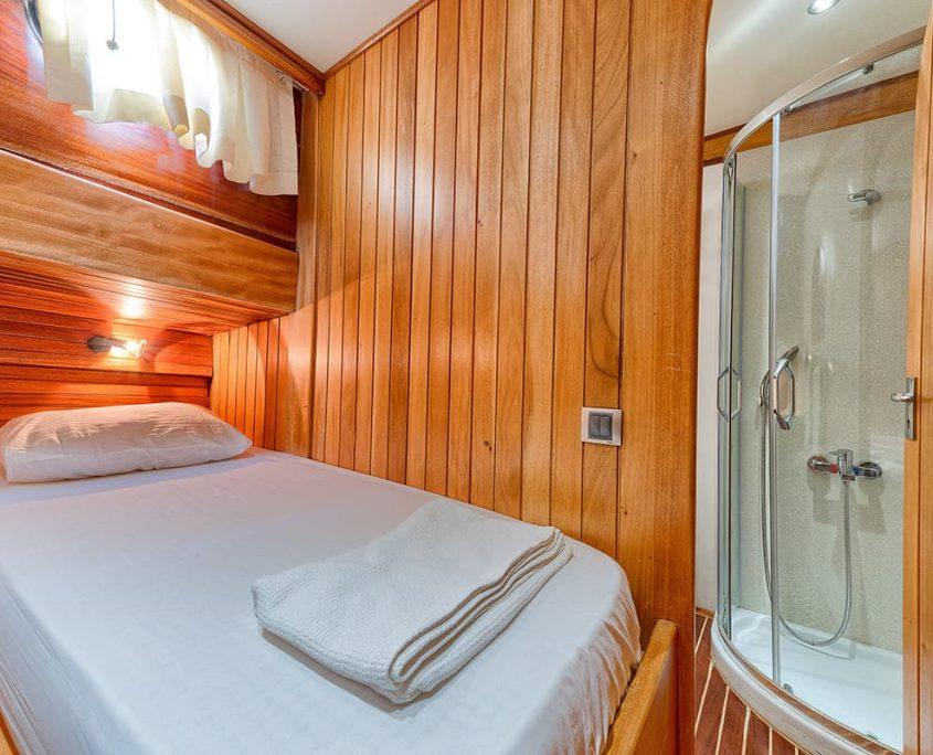 OSMAN KURT Double cabin