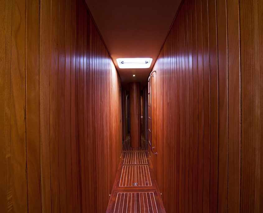 OSMAN KURT Hallway