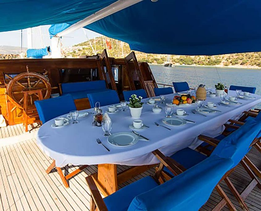 SALMAKIS Dining area on Aft deck