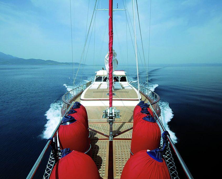 SERENITY 86 - Cruising