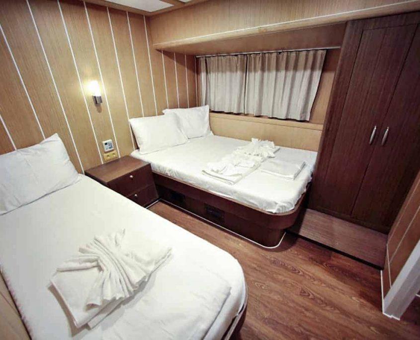 OGUZ BEY Twin cabin
