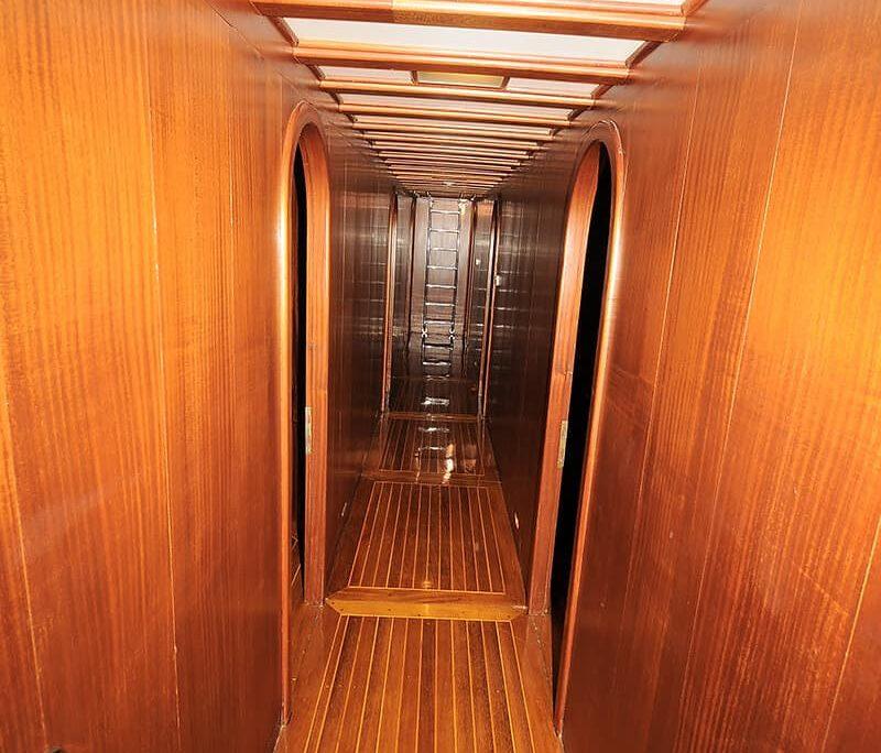 PRENSES SELIN Hallway