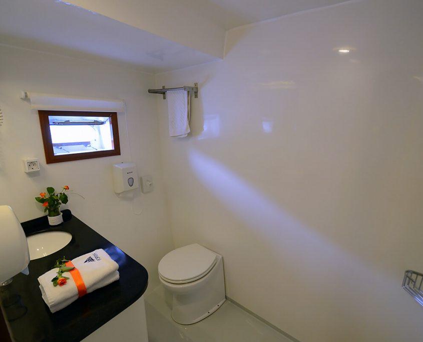 FORTUNA Bathroom