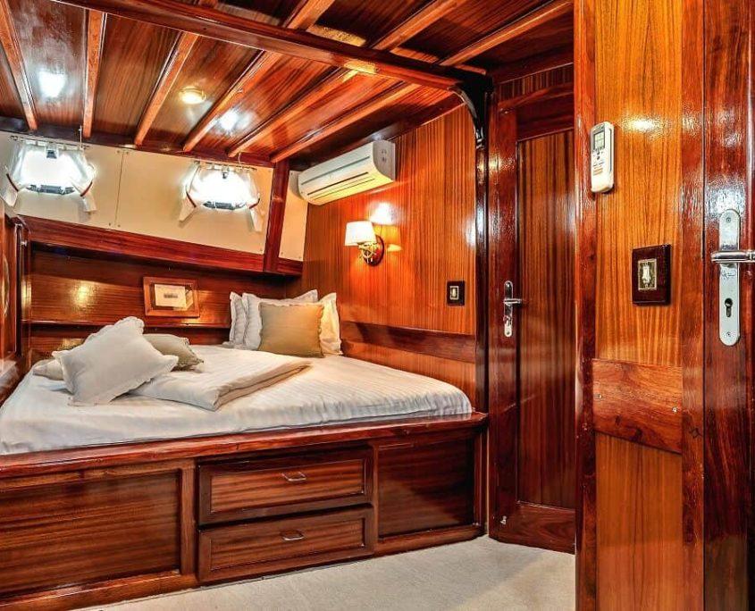 Cabin on Sedna