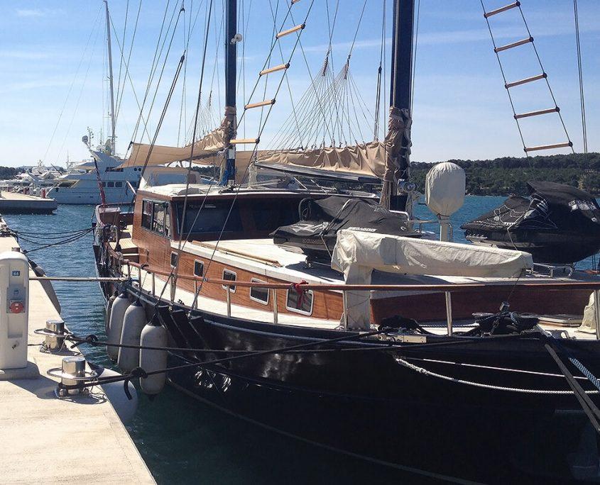 PACHA In port