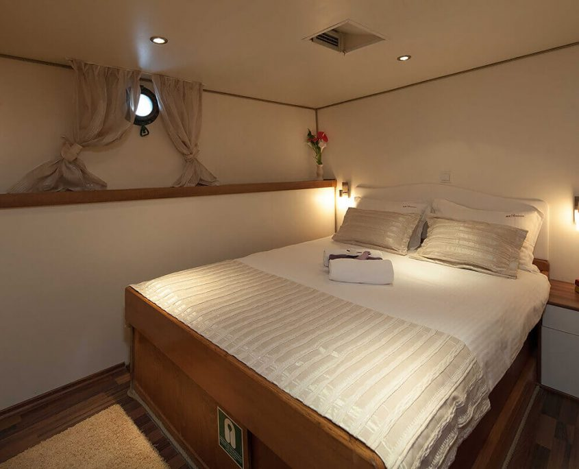ROMANCA Double Cabin