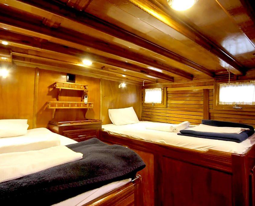 SYROLANA Cabin