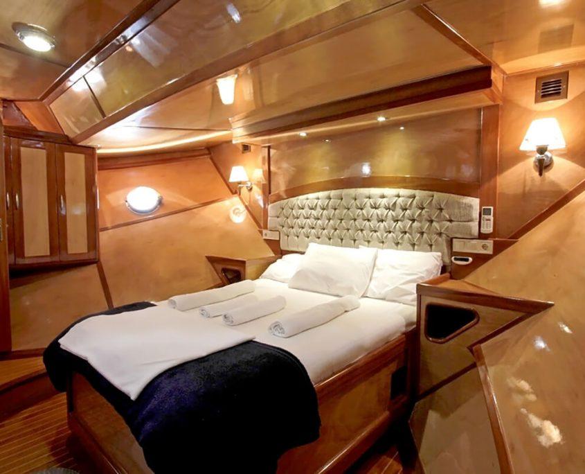 SYROLANA VIP Cabin