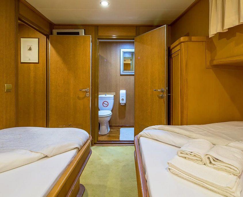 MORNING STAR Twin cabin