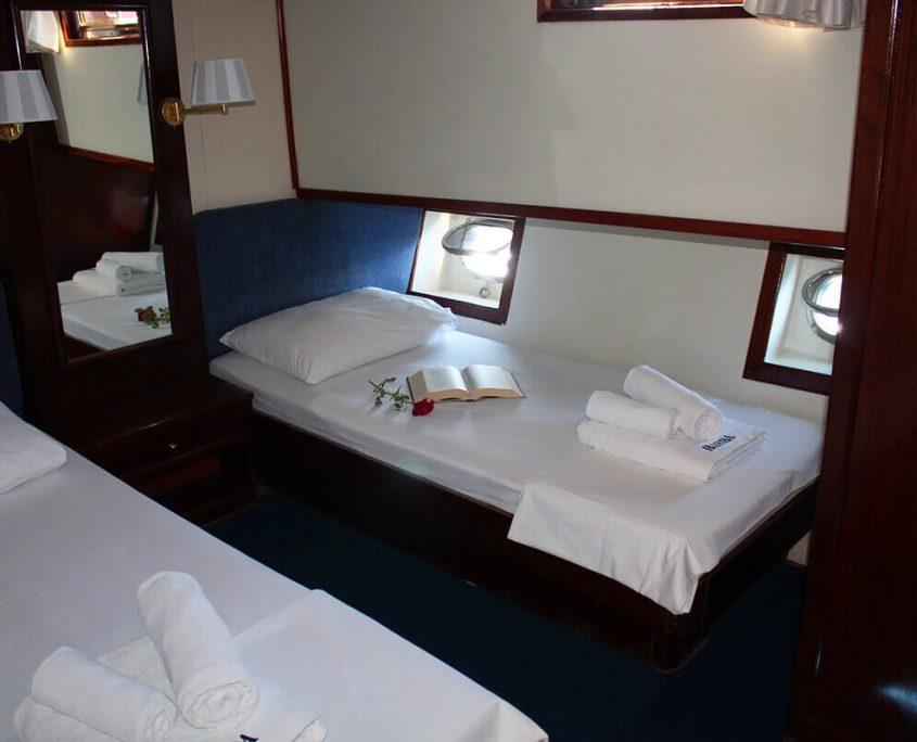 BARBA Twin cabin