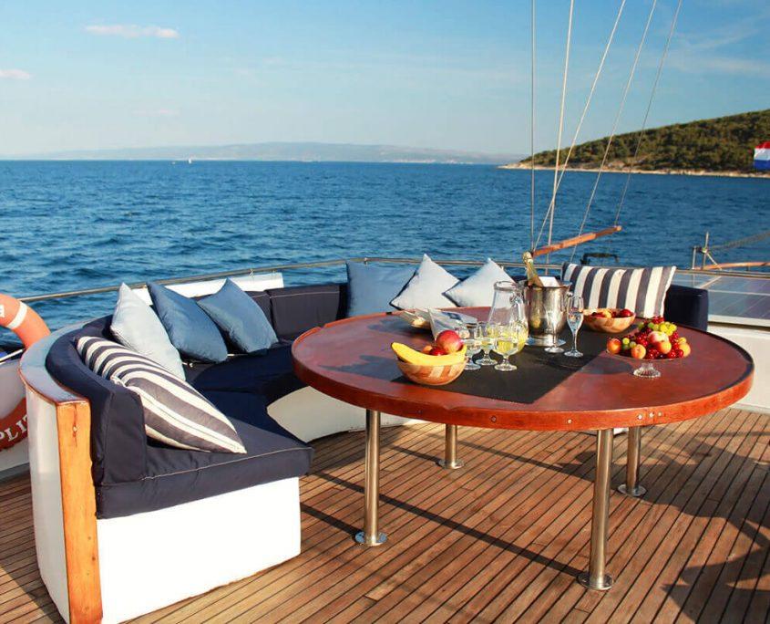 BARBA Upper deck