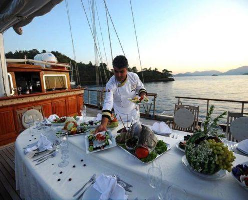 Gulet Kaptan Kadir deck Dining