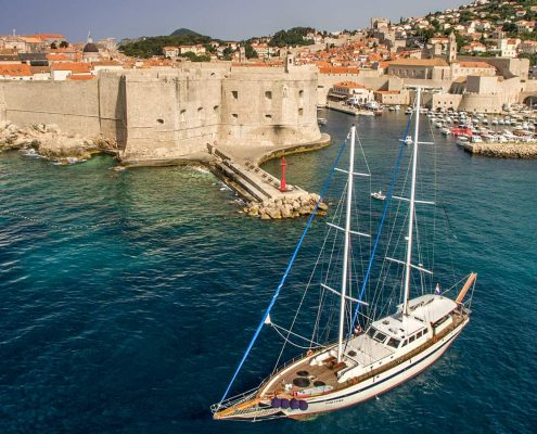 Gulet Fortuna in front of Dubrovnik