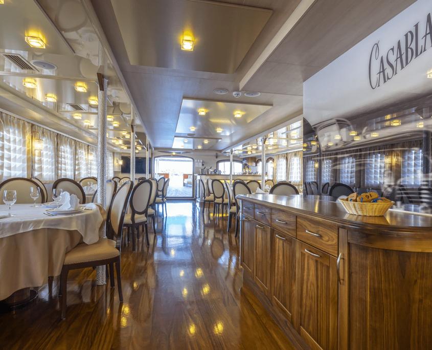 CASABLANCA Saloon and bar