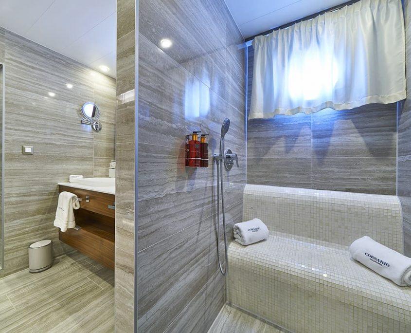 CORSARIO Bathroom