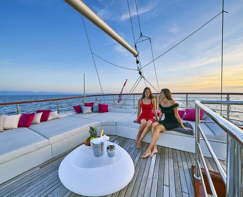 CORSARIO Upper deck