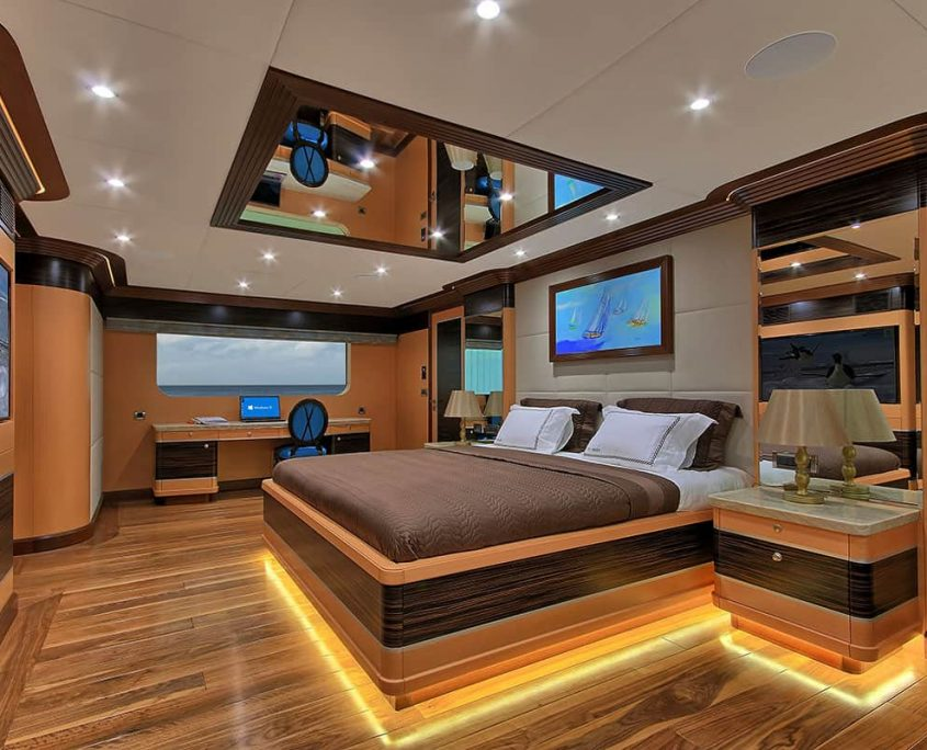 MEIRA Master cabin
