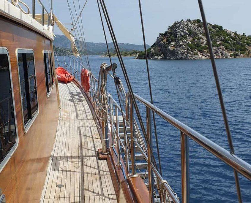 MUHTESEM A Side deck