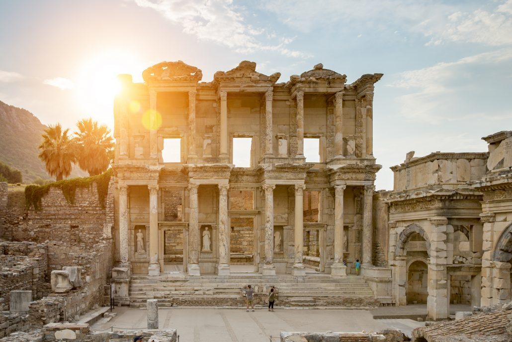 Celsus-Library-in-Ephesus