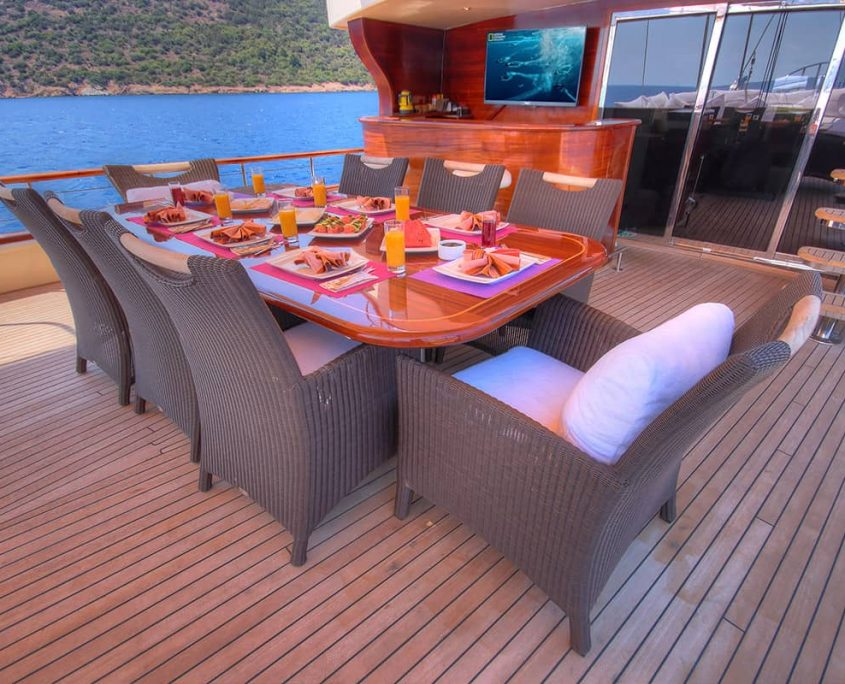 DOUBLE EAGLE Dinning area on Aft deck