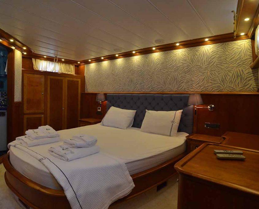 LOTUS Cabin view