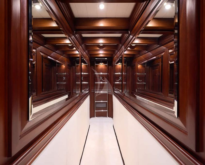 RIANA Corridor to cabins